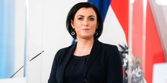 Tourismusministerin Elisabeth Köstinger kündigte harte Strafen an.