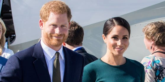 """Harry und Meghan - noch sind sie auch""""Herzog und Herzogin von Sussex"""""""