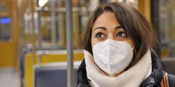 Ab nächster Woche ist das Tragen einer FFP2-Maske in Öffis Pflicht.