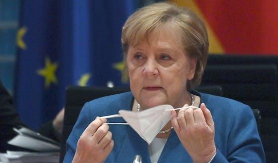 Die deutsche Bundeskanzlerin Angela Merkel bei einem Kabinettstreffen in Berlin