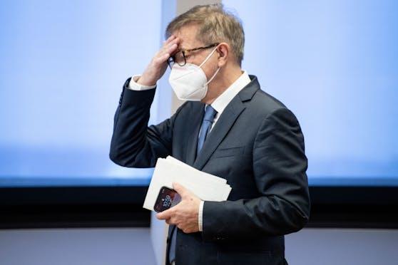 Gesundheitsminister Rudolf Anschober kündigt eine Kontrolloffensive an.