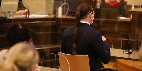 Verdächtiger zeigte seine Haarpracht.