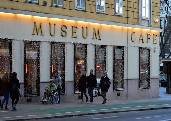 Das Café Museum in der Wiener Operngasse von außen