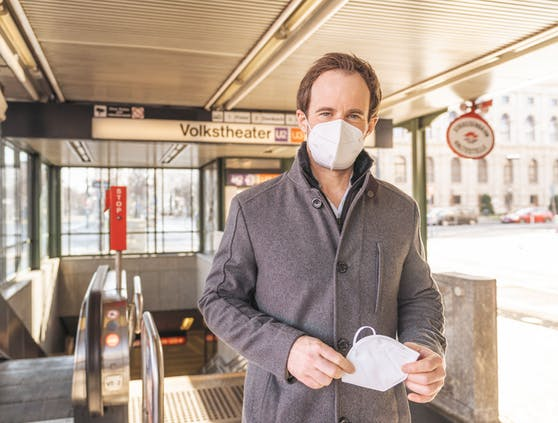 ÖVP Wien-Klubchef Markus Wölbitsch fordert Gratis-FFP2-Masken für alle Wiener Linien-Jahreskartenbesitzer.