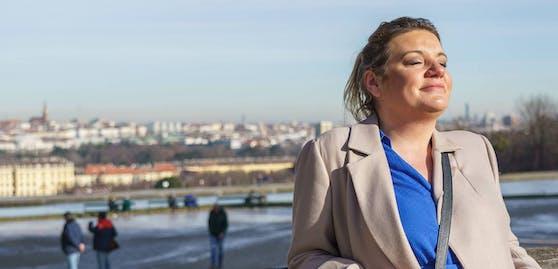 Spaziergang mit Puls4-Moderatorin Verena Schneider in Schönbrunn