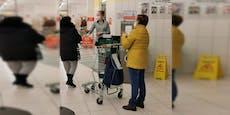 Supermarkt verteilt jetzt schon gratis FFP2-Masken