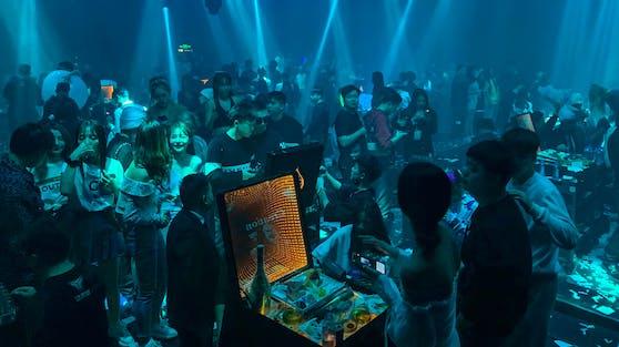 Ein Nachtclub in Wuhan
