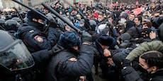 Weitere Sanktionen gegen Russland gefordert