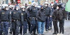 Anzeigen-Hagel bei illegaler Corona-Demo mitten in Wien