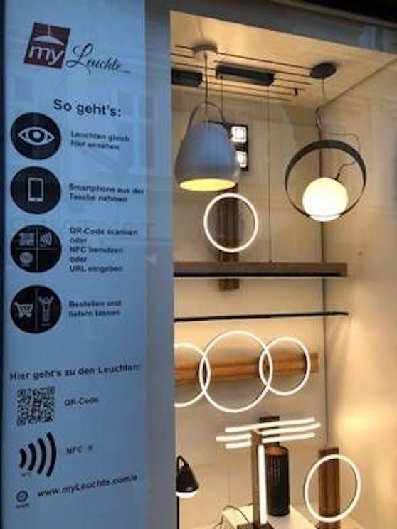 Via Smartphone können Passanten ihre Leuchten-Favoriten einfach einscannen und bestellen.