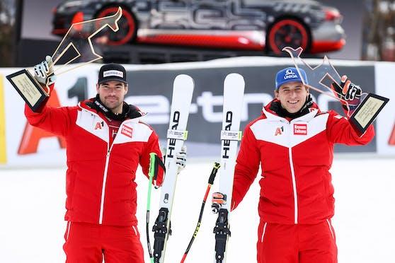 Vincent Kriechmayr und Matthias Mayer mit ihren Trophäen.