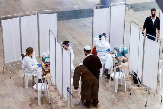 Schnelltests für Einreisende am Ben-Gurion Flughafen nahe Tel Aviv am 24. Jänner 2020