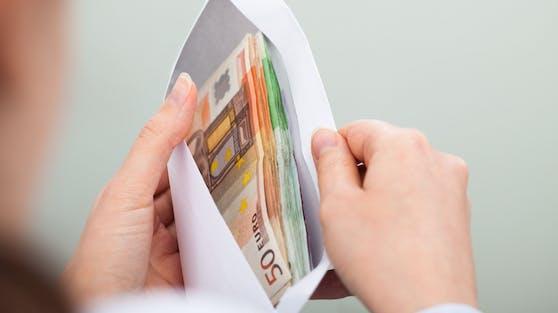 Bei der Umschlagmethode wird dein Geld in unterschiedliche Kategorien aufgeteilt.