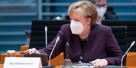 Angela Merkel am 27.01 bei einem Treffen des Kabinetts.