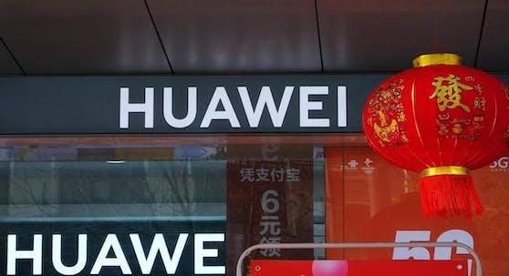 Huawei beschäftigt in Deutschland an 18 Standorten über 2.000 Mitarbeiter*innen.