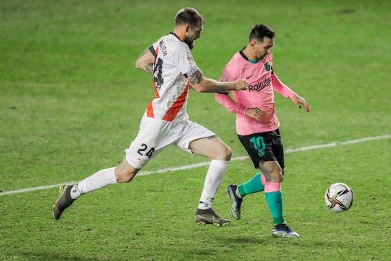Lionel Messi trifft gegen Rayo Vallecano.