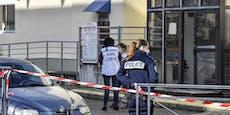 Schüsse fallen im Arbeitsamt - Mann tötet zwei Frauen