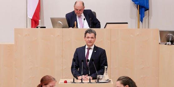 Peter Weidinger im Nationalrat