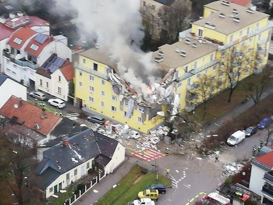 Im obersten Stockwerk eines Mehrparteienhauses in Langenzersdorf (Bezirk Korneuburg) kam es in den Morgenstunden des 29. Jänner zu einer Explosion.