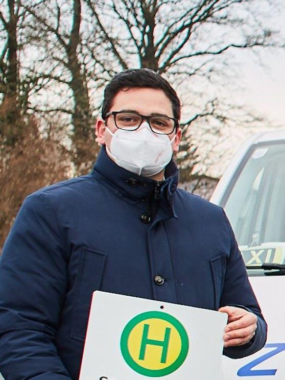 Bürgermeister Patrick Strobl (VP) setzt sich für gratis FFP2-Masken ein.