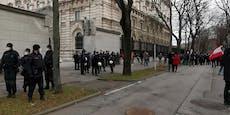 Kein Kickl – Polizei untersagt Corona-Demo der FPÖ