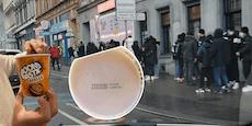 Teenies nach abgelaufener Ware aus Zuckerl-Shopkrank