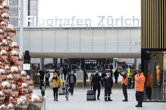 Die Polizei hat die 17-Jährige am Flughafen in Zürich erwischt.