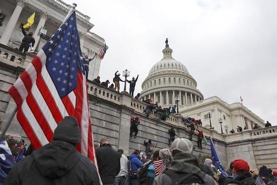 Die Randalierer erstürmten das Kongressgebäude.