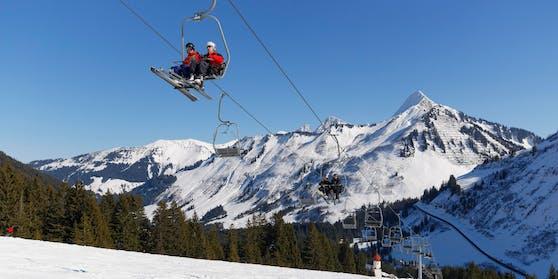 Die Frau steckte sich im Ski-Urlaub an. Symbolbild.