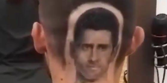 Tennis-Star Novak Djokovic als Frisur.