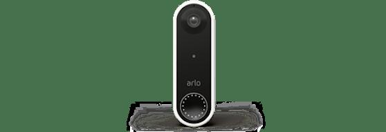 Kabellos und unkompliziert – Videotürklingel von Arlo.