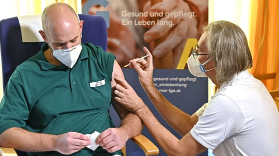 Zuletzt wurde in Österreich die Kritik immer lauter, weil die Corona-Impfungen nur zäh vorangingen.