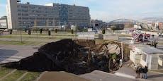 Spitalsparkplatz versinkt nach Knall in riesigem Loch