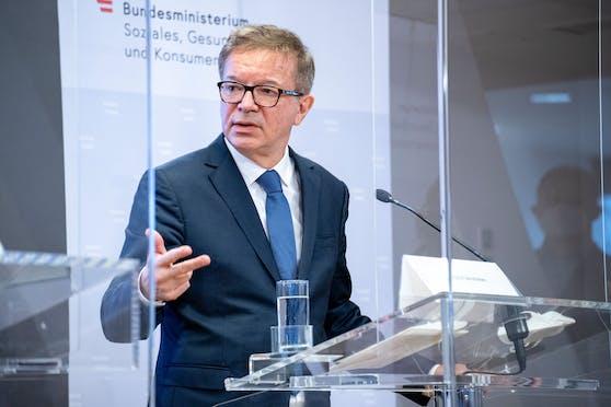 Gesundheitsminister Rudolf Anschober (GRÜNE) bei der Pressekonferenz am 08.01.2021