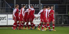Leverkusen patzt erneut, Lienhart-Tor bei 5:0-Gala