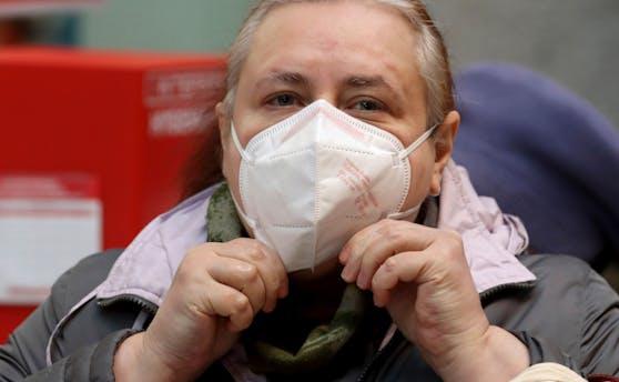 Die FPÖ fordert ein Ende von Maskenpflicht & Co.