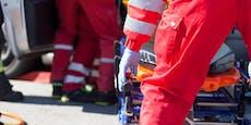 Lenker (52) kam von Straße ab, stürzte 20 Meter in Tod