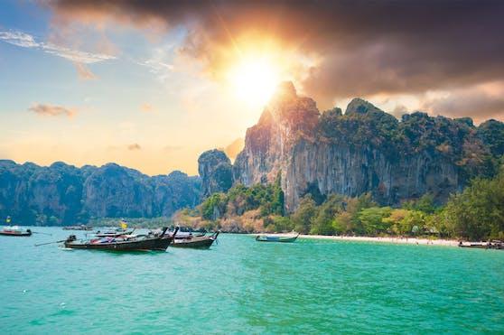 Seit 1. Juli dürfen geimpfte Reisende aus67 Ländern wieder nach Phuket, nun die ganze Welt.