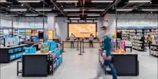 Amazon eröffnet erstes Warenhaus in Europa