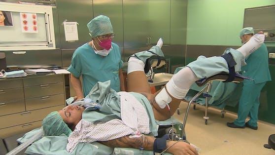 Die Operation unter Vollnarkose dauert eine Stunde.