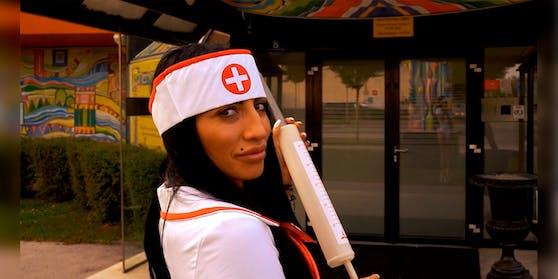 Call-Girl Samira verrät, warum sie lieber geimpfte Männer versorgt.