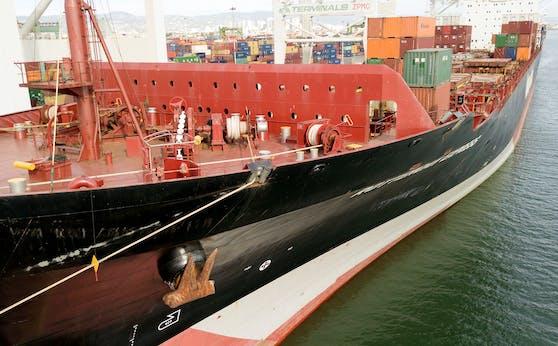Die Rotterdam Express ist derzeit im Visier der Ermittler im Rahmen der Untersuchungen zur Ölpest.