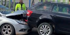 Stau-Chaos nach Crash mit mehreren Autos auf Tangente