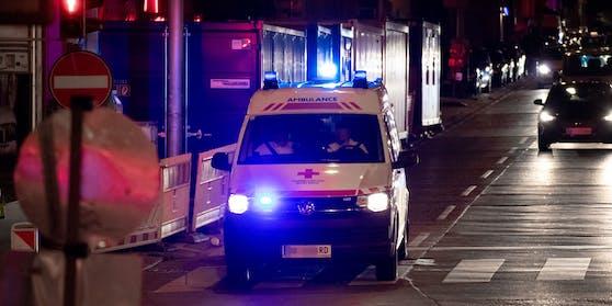 Trotz Verletzung ergriff der Betrunkene in einem Rettungsauto die Flucht.