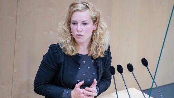 Eva-Maria Holzleitner im Nationalrat