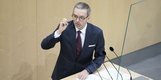 FPÖ-Chef Herbert Kickl im Rahmen der Sondersitzung im Nationalrat.