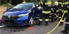 Frau (65) schwebt nach heftigem Crash in Lebensgefahr