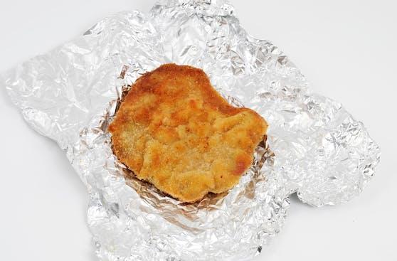 Wiener Schnitzel - man sollte es besser in einer verschließbaren Box aufbewahren. Experten erklären, warum.