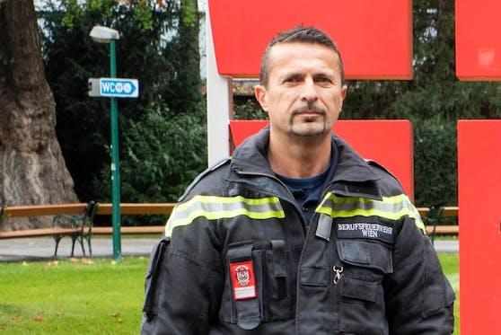 Josef R. (52) ist seit 27 Jahren bei der Rathauswache. Jetzt fasste der Berufsfeuerwehrmann beim Training mit einem Freund einen flüchtenden Schlepper.