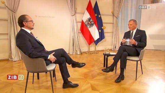 Bundeskanzler Alexander Schallenberg im Gespräch mit Armin Wolf